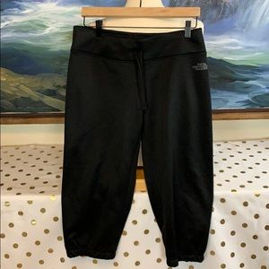 The north face sweat pant Capri size M